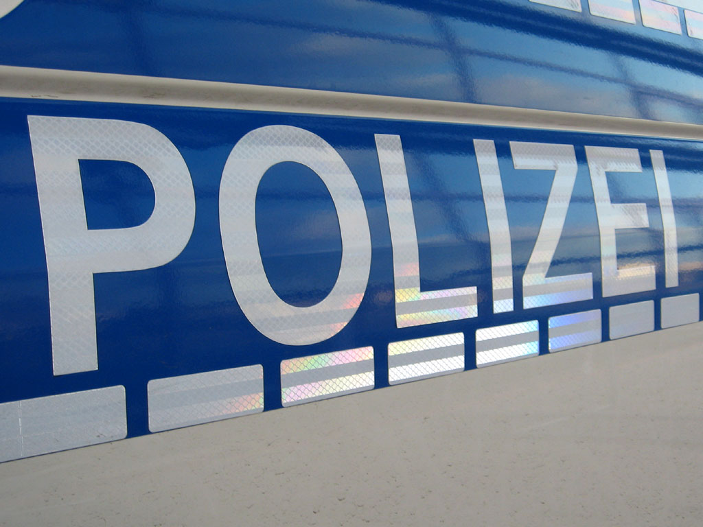 W Pasewalku padły strzały na szczęście ucierpiały tylko okna szkoły
