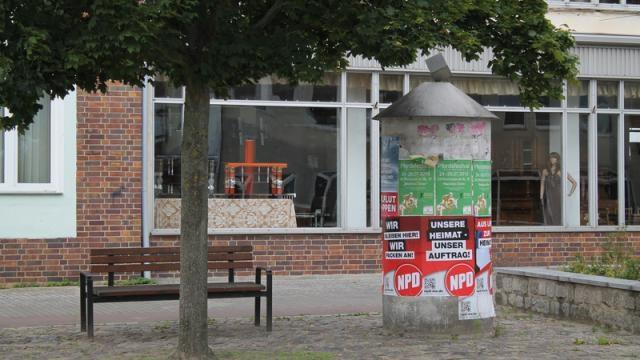 Antypolskie plakaty w Löcknitz wywieszone w połowie 2015 Źródło fotografii: Nordkurier