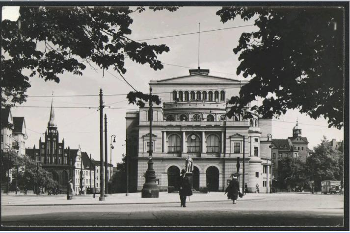 Teatry dawnego Szczecina